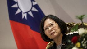 Prezidentku Tchaj-wanu u sebe nechcete, radí Čína USA.