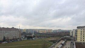 Výhled z balkónu kanceláře starosty Prahy 13.