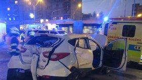 Ve Zlíně se srazila sanitka s autem.