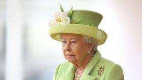 Královna Alžběta II. byla málem zastřelena.