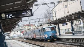 Správa železniční a dopravní cesty (SŽDC) vlastní řadu nevyužitých budov.