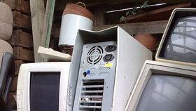 Starých elektrospotřebičů se můžete zbavit v Praze 10 zdarma a ani nemusíte nikam chodit.