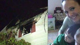 Monica Bogart Lamping zmizela i se svými dětmi. Její dům navíc osudné noci vyhořel.