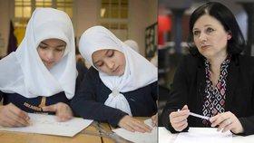 """Jourová o zákazu šátku ve škole: """"Cizí náboženství nás musí respektovat."""""""