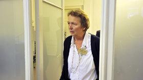 Alžběta Pezoldová u soudu