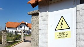 Šmejdi přes dodavatele energie nabízejí žárovky zdarma, pak si účtují tisíce. (ilustrační foto)