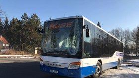 Řidiči linkových autobusů mají nízké mzdy, myslí si dopravní odbory.