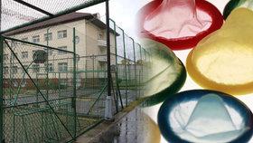Automaty na kondomy se objeví ve věznicích (ilustrační foto).