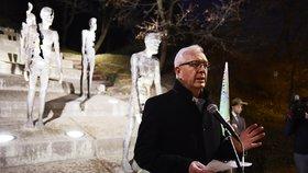 Předseda AV ČR Jiří Drahoš na shromáždění k uctění památky obětí komunistického režimu