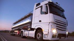 Prvnímu českému řidiči kamionu se podařilo u soudu vybojovat německý plat, který mu měla česká firma za řízení v Německu dát (ilustrační foto).