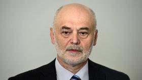 Fyzik Ivan Ošťádal neuspěl se svojí stížností.