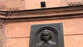 V Beethovenově paláci na Malé Straně bydlí pražská smetánka. Nejdražší byt tu stál 51 milionů