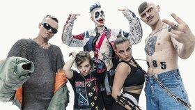 Ruská kontroverzní skupina Little Big v Praze zabodovala.