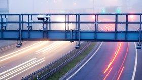 Vítězem tendru na provoz mýtného systému od roku 2020 bude konsorcium společností SkyToll a CzechToll.