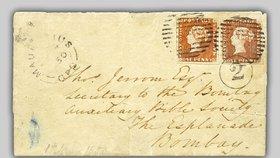 Čech koupil filatelistickou vzácnost za 65 milionů: Dvě známky červeného Mauritia na jednom dopise.