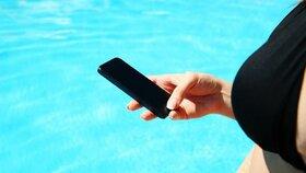 Zapomínáte na cestovní pojištění? Může to vyřešit chytré pojištění v mobilu.