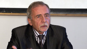 Stanislav Křeček.
