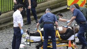Terorista zastřelený po spáchaných útocích byl britský islamista.