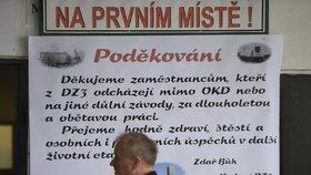 Areál šachty Chlebovice Dolu Paskov na Frýdecko-Místecku, kde se 31. března přestane těžit uhlí. Na snímku je tabule s poděkováním odcházejícím horníkům ve vstupní hale.