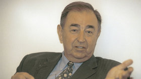 Chirurg Vladimír Kočandrle zemřel. Bylo mu 83 let.