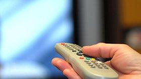 Provozovatelé satelitních televizí tvrdí, že nové digitální vysílání nás bude stát 5 miliard.