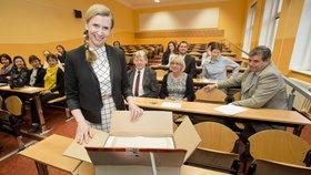 Ministryně školství Kateřina Valachová (ČSSD) odstartovala jednotné přijímací zkoušky na střední školy.