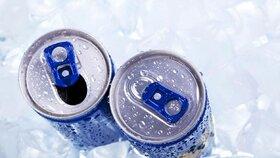 Energetické nápoje mohou způsobit nervozitu a podrážděnost.