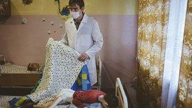 Podvyživené děti v běloruských sirotčincích