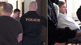 Policie v souvislosti s rozsáhlou razií zadržela Karla Březinu (ČSSD)