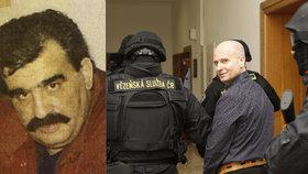 Vražda mafiánského bosse před soudem: Zavraždili Bělu jeho bodyguardi?