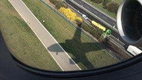 Pasažéři letu do Norska se karanténě nevyhnou, ačkoli na letišti přistáli v 0:00