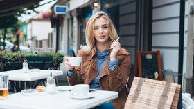 Co škodí víc než kouření? Podívejte se na 11 nejhorších zlozvyků