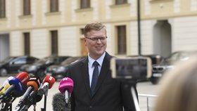 Šéf lidovců Pavel Bělobrádek ve víru vládní krize