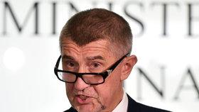 Vicepremiér Andrej Babiš (ANO) na tiskové konferenci kritičku časoval vulgarismem.