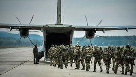 Vláda zřejmě podpoří vyšší odměny pro vojáky v aktivních zálohách (ilustrační foto).