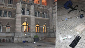 Opilá žena se vloupala do liberecké radnice: Oknem vyházela vybavení za 30 000 korun!