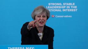 Theresa Mayová během předvolební kampaně