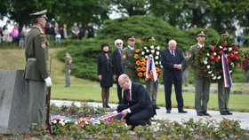 Bohuslav Sobotka na návštěvě Terezína