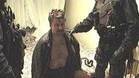 Policejní Útvar rychlého nasazení Kajínka zadržel po 40 dnech na útěku 8. prosince 2000.