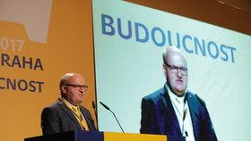 Ministr kultury Daniel Herman na sjezdu KDU-ČSL dosáhl na post místopředsedy.