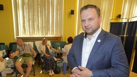Ministr zemědělství Marián Jurečka zorganizoval ve svém úřadu odběr krve.