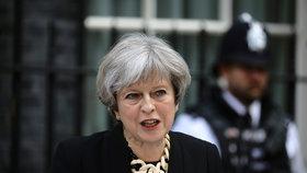 Theresa Mayová komentuje teroristický útok v Londýně.