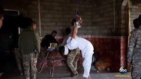 Mučení vězňů v cele (ilustrační foto)