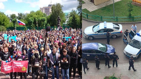 Navalného policisté zadrželi, jakmile vyšel z domu.