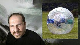 Muž zemřel při pokusu o překonání Niagarských vodopádů v zorbingové kouli.