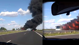 Požár autobusu na dálnici D7