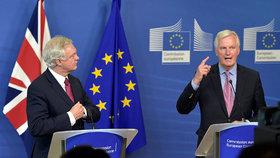 V Bruselu začaly rozhovory o odchodu Velké Británie z Evropské unie. Britský vyjednávač David Davis prohlásil, že s EU hodlá dohodnout nové, hluboké a zvláštní partnerství mezi Británií a jejími evropskými přáteli a spojenci.