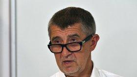 Andrej Babiš a jeho hnutí ANO by volby drtivě ovládlo se ziskem více než 25 procent.
