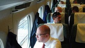 Premiér Bohuslav Sobotka (ČSSD) s podzimními volbami zmizí z nejvyšších pater politiky.