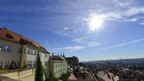 Výhled z náhradního sídla české vlády - Hrzánského paláce